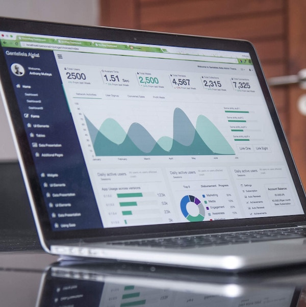 Analytics - This course is designed for business analysts and employees working in data roles. It teaches the critical skills needed to make data driven decisions in commercial settings.This course covers an introduction to analytics, data preparation skills and techniques, visualisation in Tableau, and analytics in MS Excel and Alteryx.