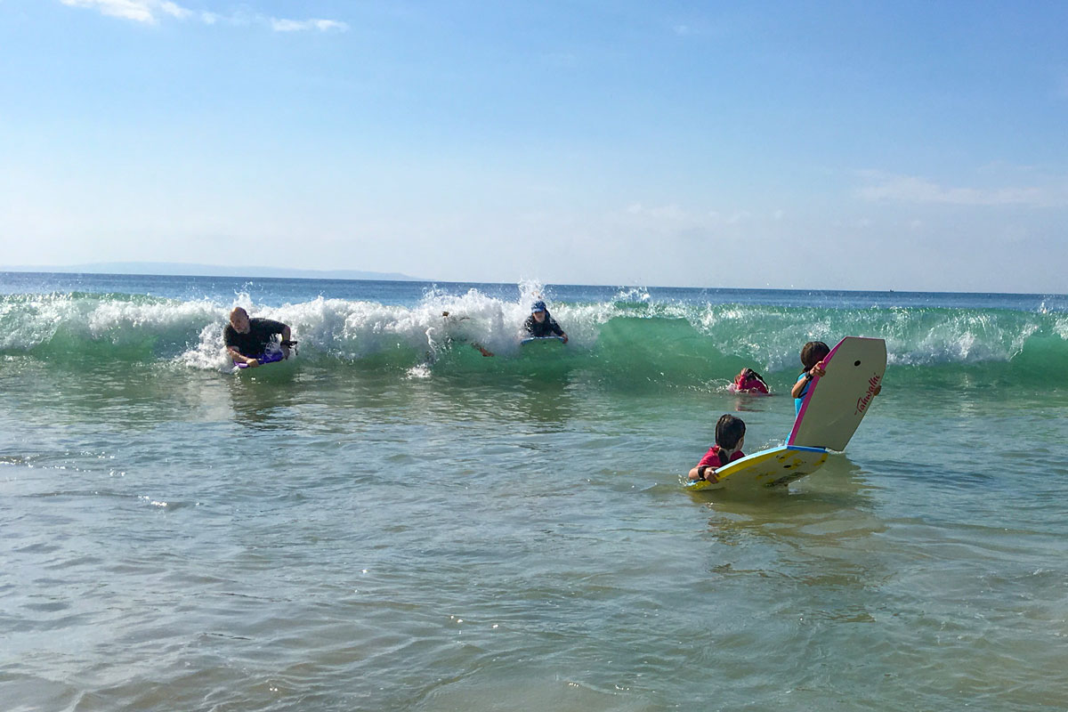 Group-bodyboarding-Washerwomans-Beach.jpg