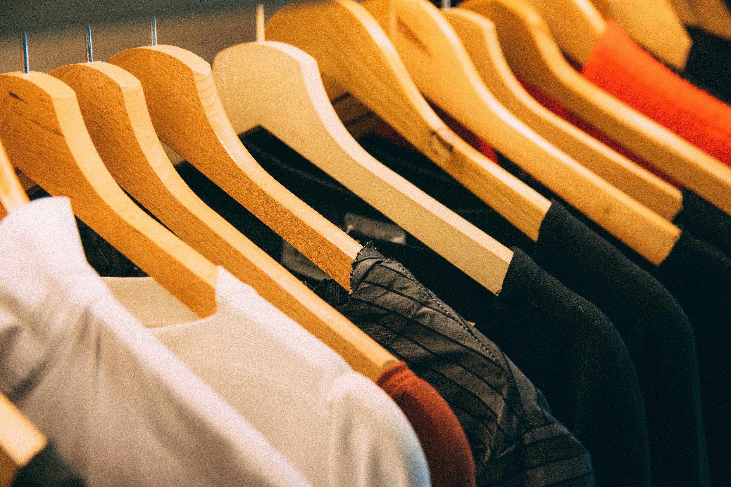 cabinet-clothes-clothes-hanger-996329.jpg