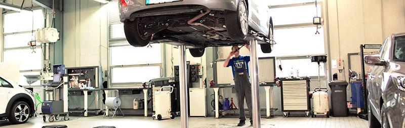 Auto Service - Schnelle Schrauber für alle KFZs
