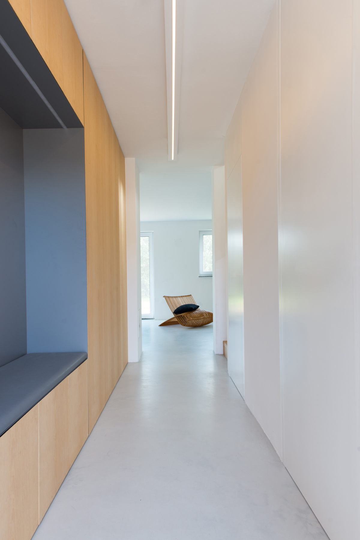 SUBURBAN APARTMENT, Dub (SI), Completed, 2015