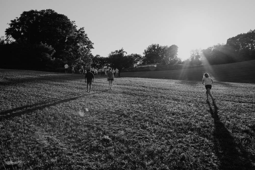 Una passeggiata attraverso i viaggi enogastronomici nella storia il cammino dei popoli marche