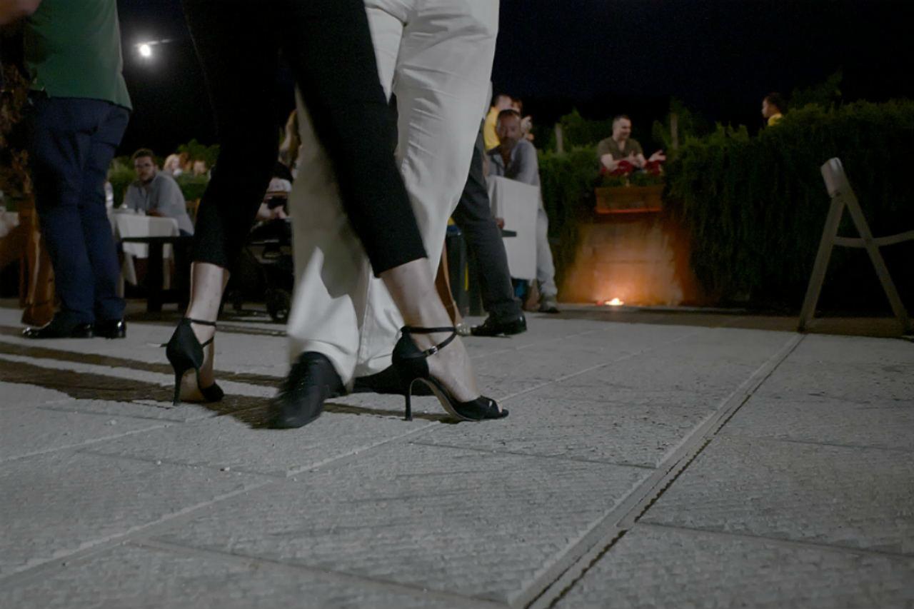 il gusto del vino che si intreccia con il tango selvagrossa l altra staffetta Marche igt pesaro