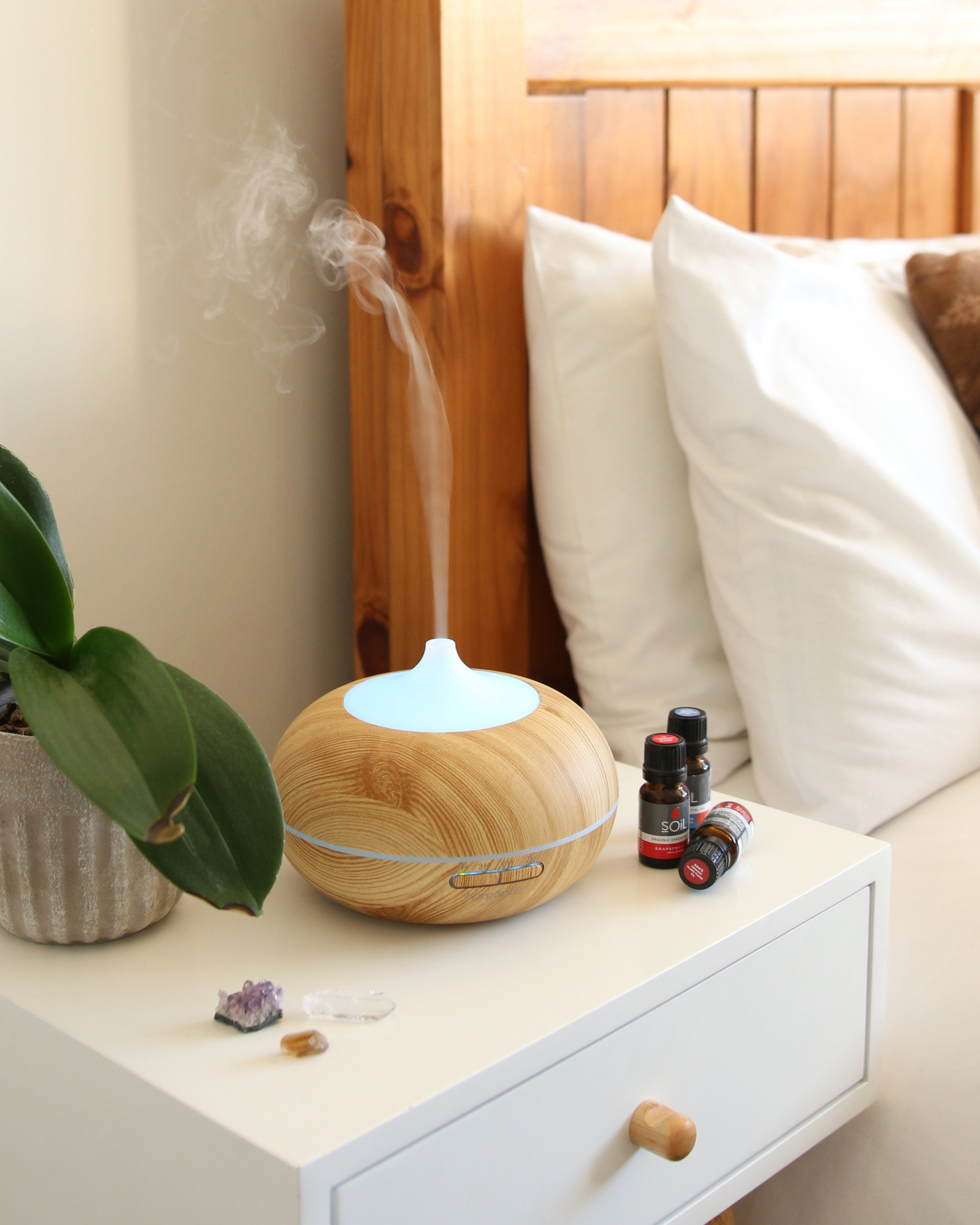 - A product I'm currently obsessed with (and it also just so happens to have been my mom's birthday present) was THIS essential oil diffuser.