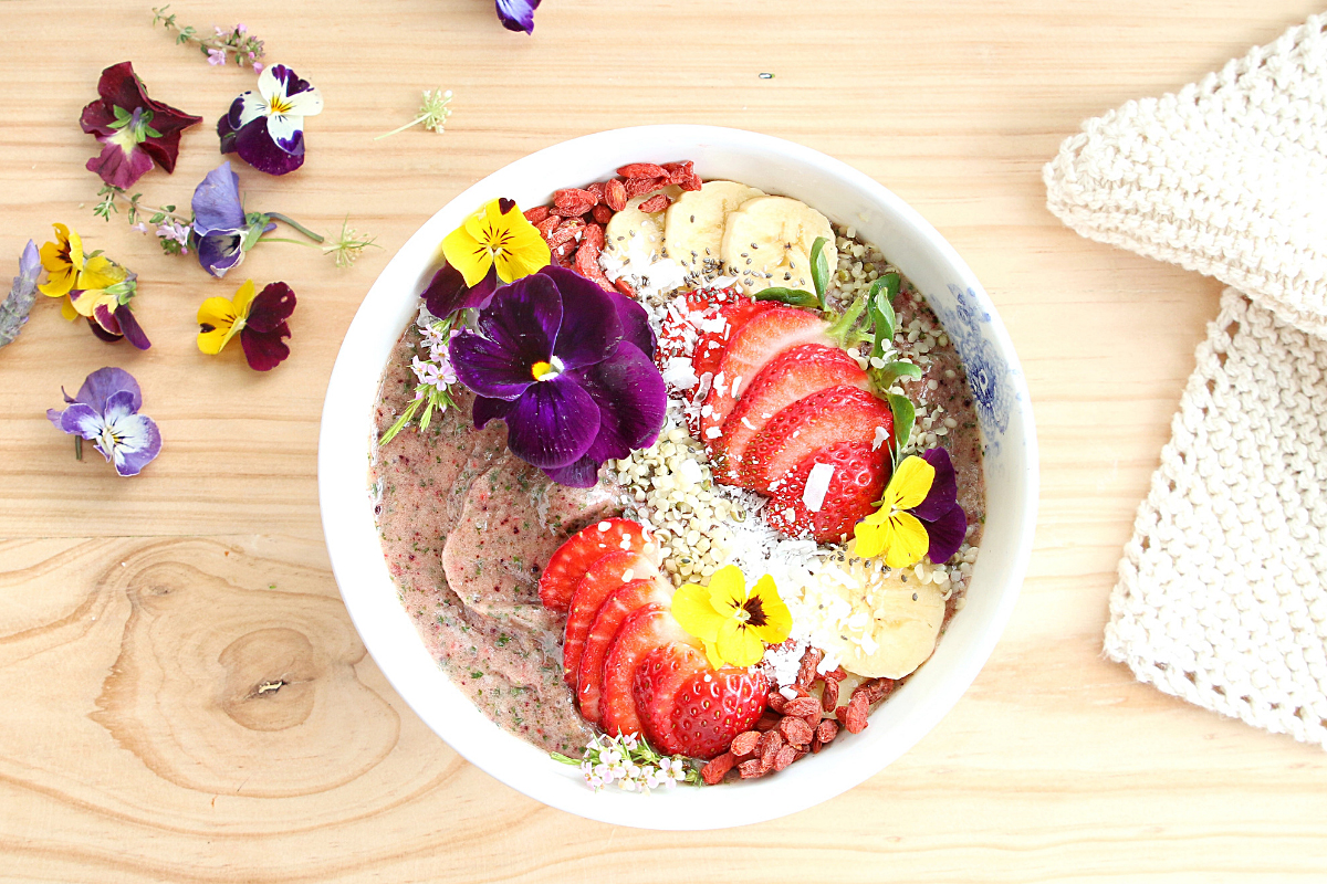 - Six of my favourite healthy smoothie bowls.