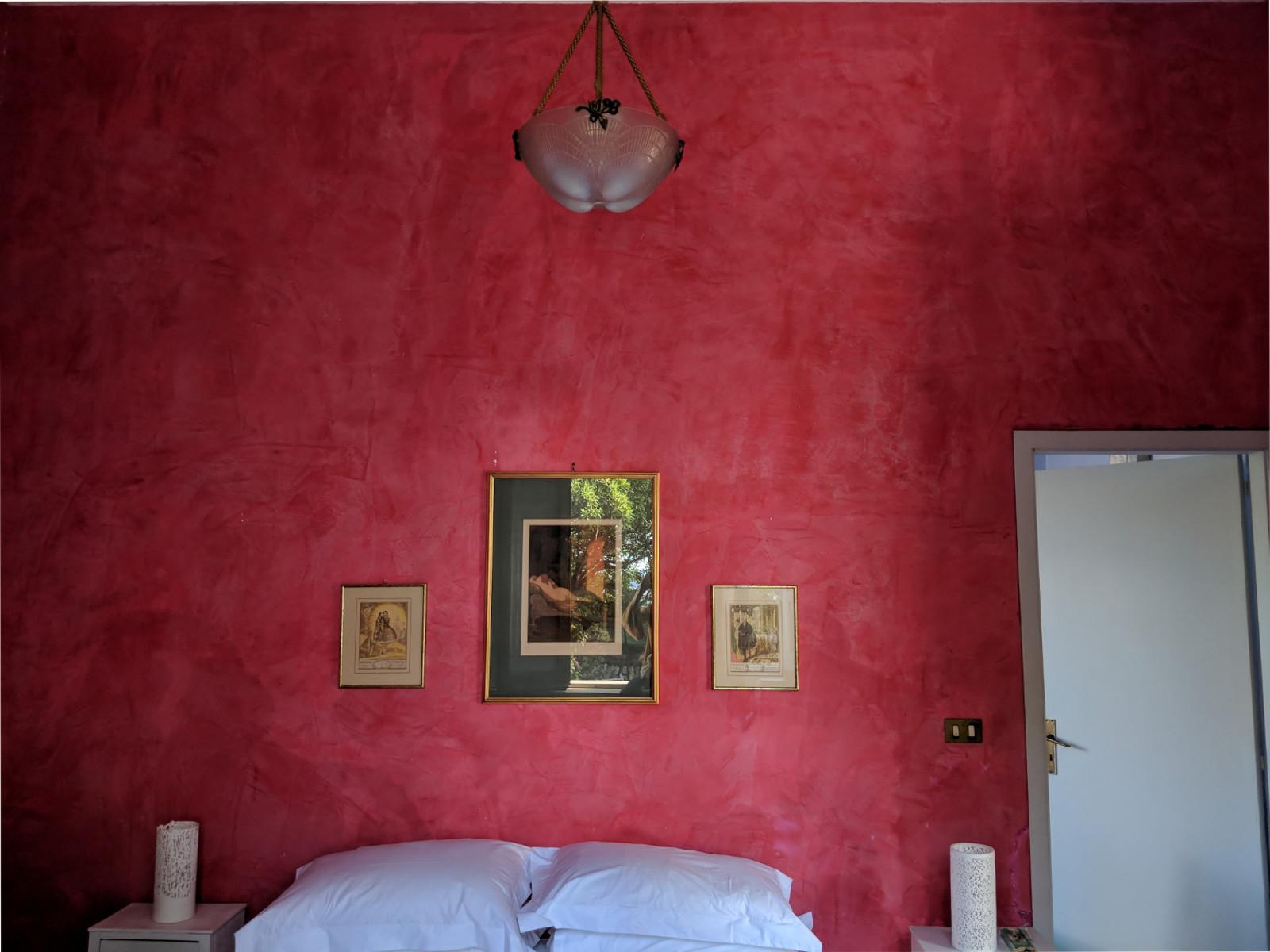 10 pink room back villa ama sicily.jpg