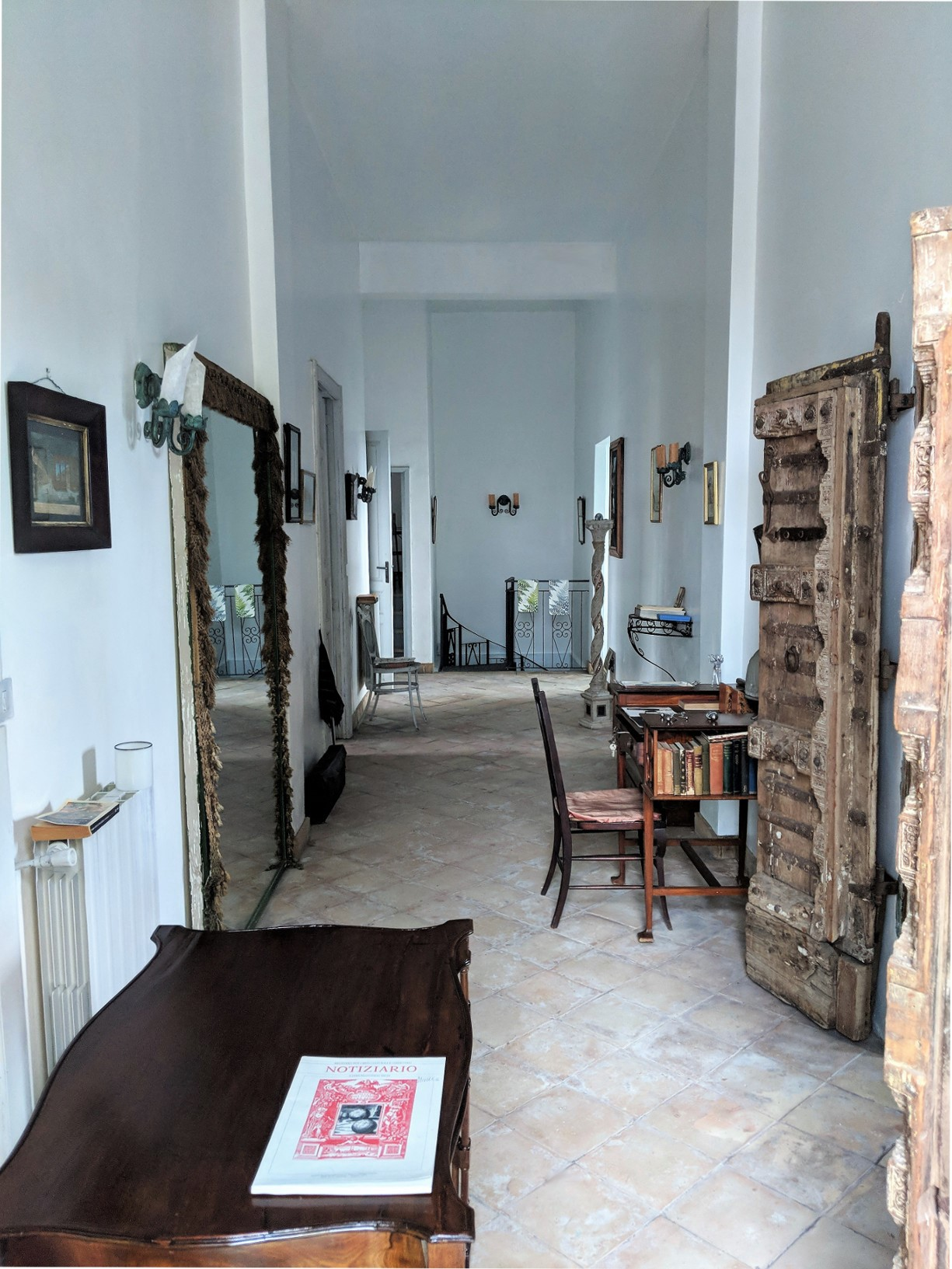 12 entrance villa ama sicily.jpg