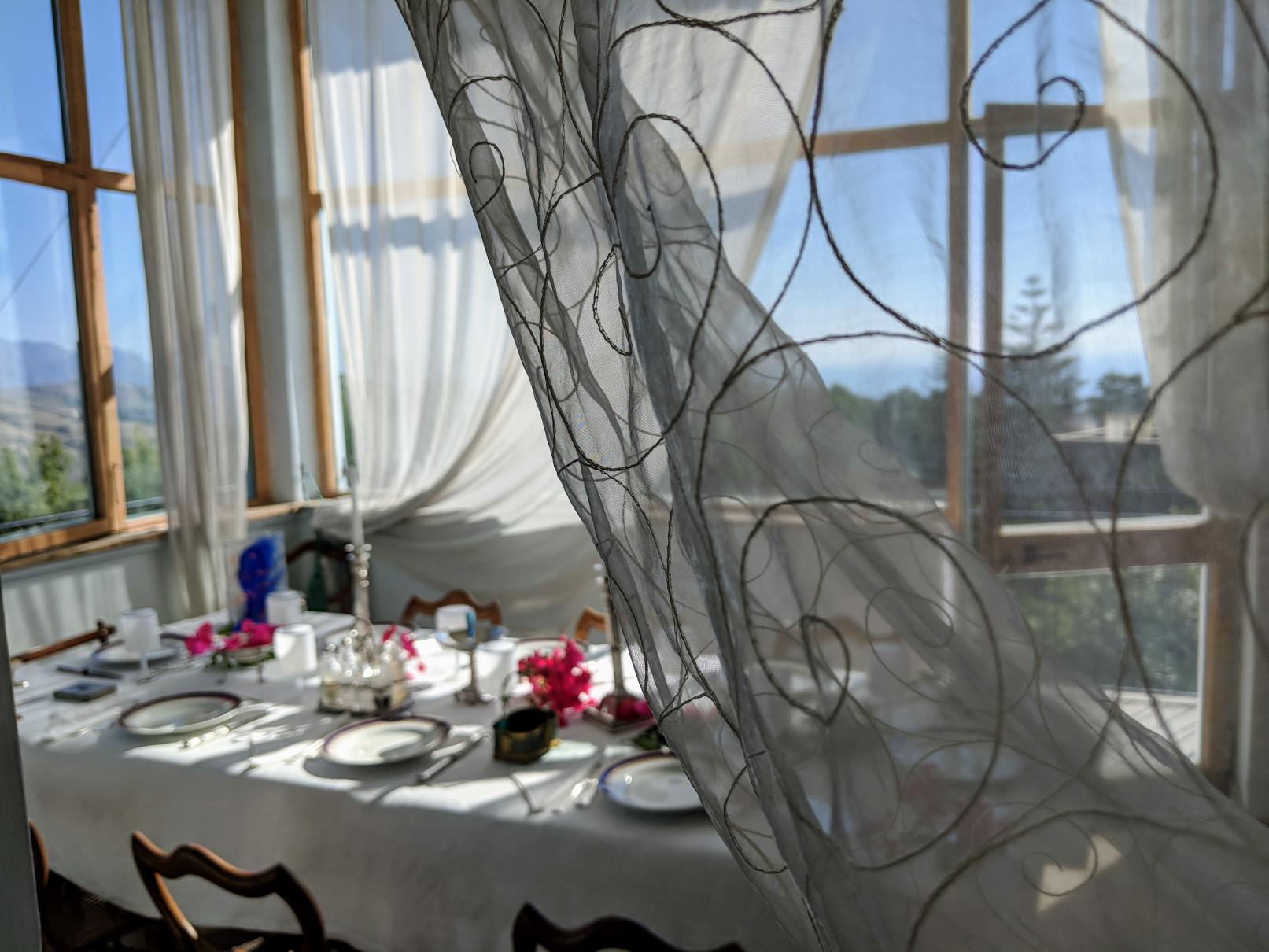 32 dining curtain.jpg