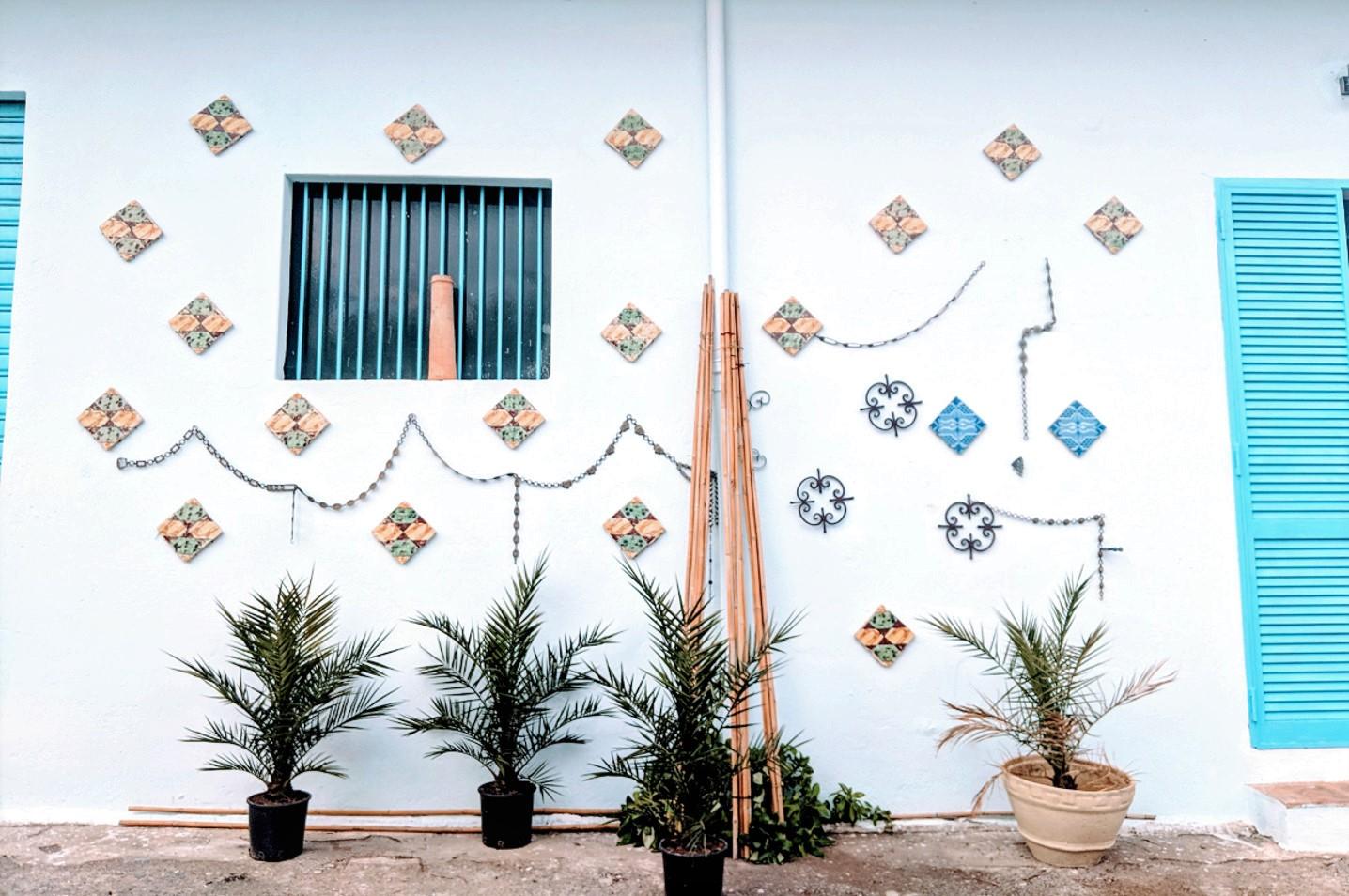 52 east facade detail villa ama sicily.jpg