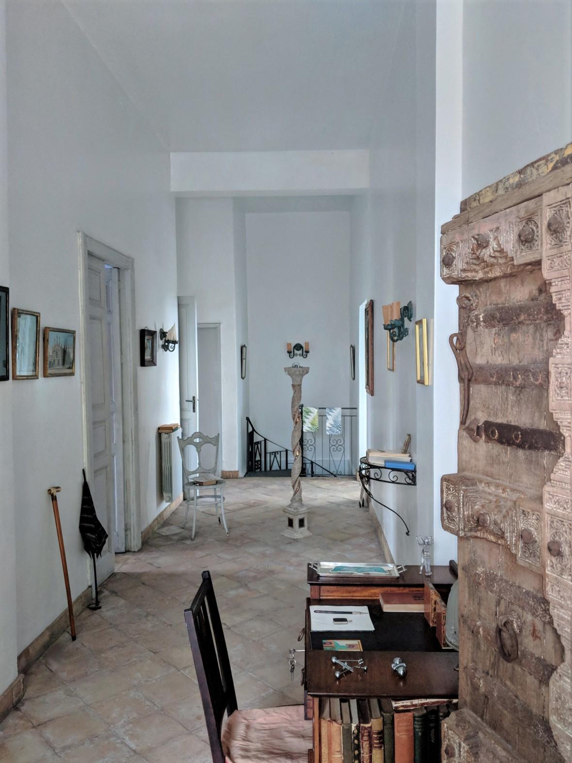 62 entrance indian door villa ama sicily.jpg