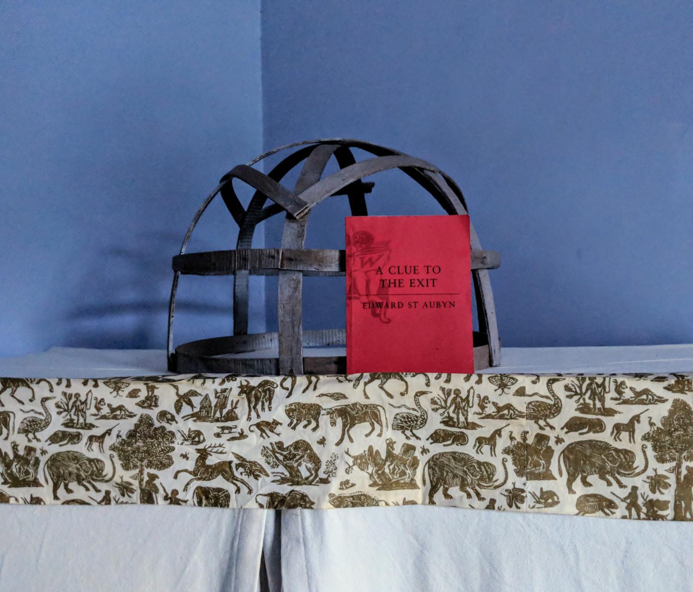 78 blue bedroom armadio villa ama sicily.jpg