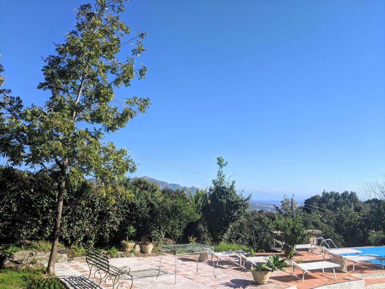 79 pool deck villa ama sicily.jpg