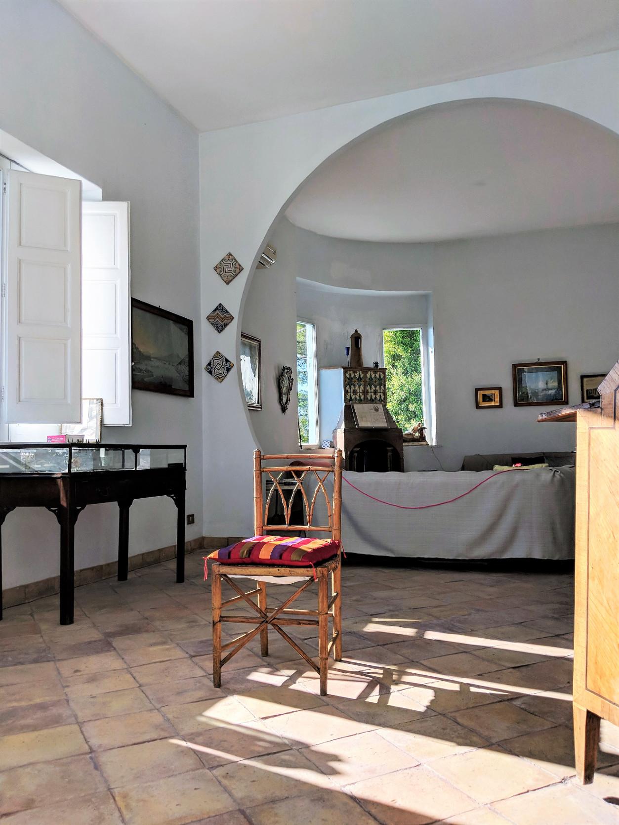 94 living room left villa ama sicily.jpg