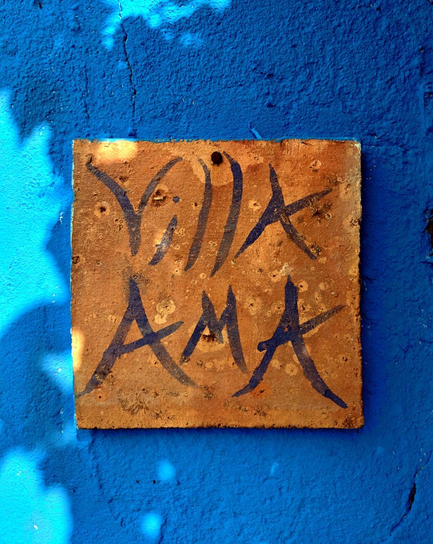 95 villa ama sicily sign.jpg