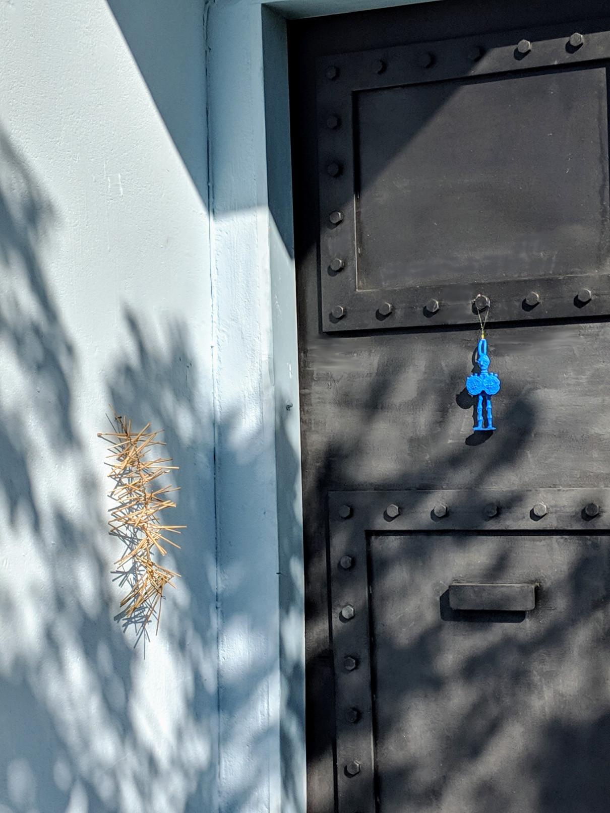 105 blue man door villa ama sicily.jpg