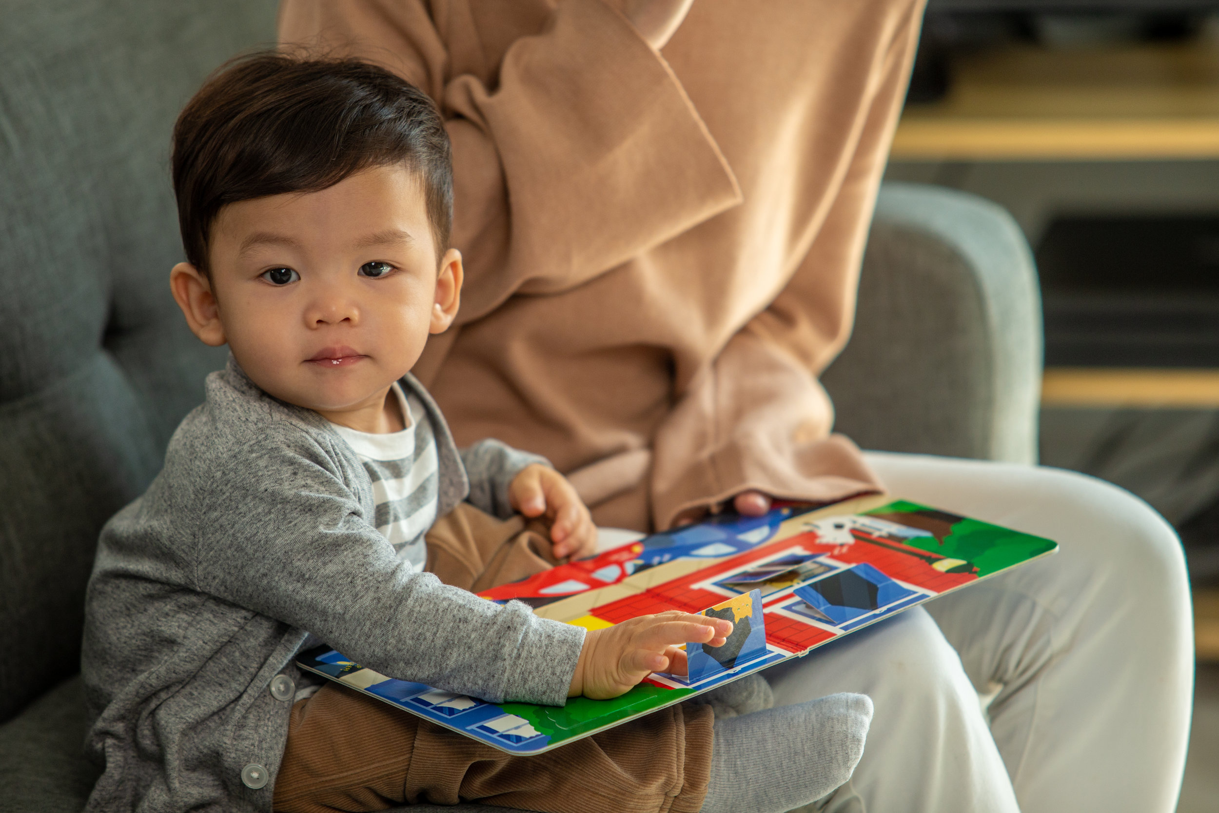 Reach MilestonesMiles Ahead - Bring playgroup home with age-appropriate materials and activities