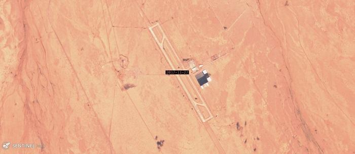 Satellite imagery from Sentinel-Hub dated September 24th and November 10th, 2017, El Khadem air base, controlled by the United Arab Emirates, in eastern Libya.