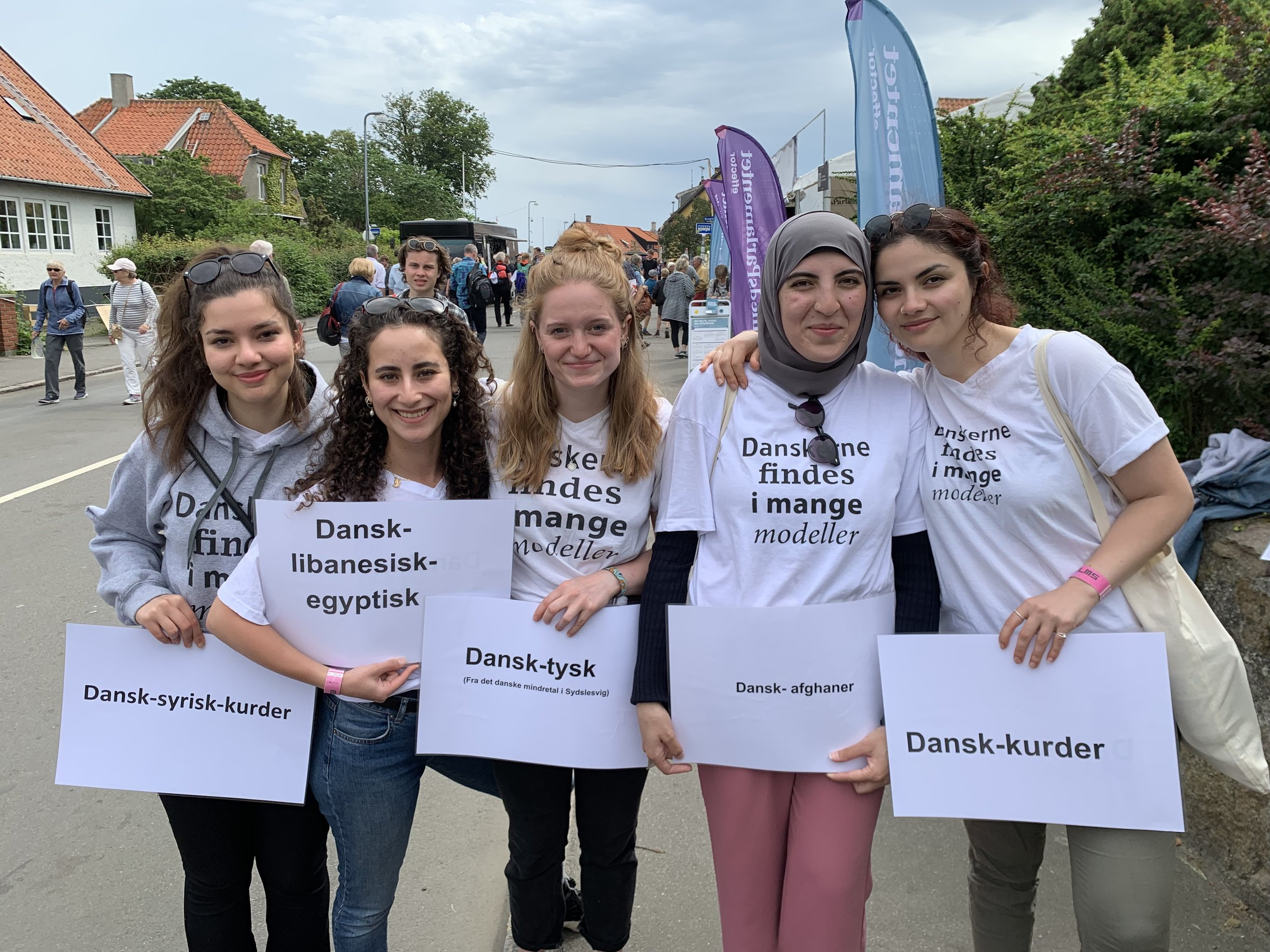 Zainab Ali Bazzi, second from left, with other Culture Ambassadors from the association Grænseforeningen.