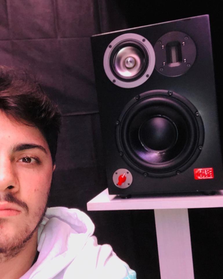 R03 @ Sartoriello Studio