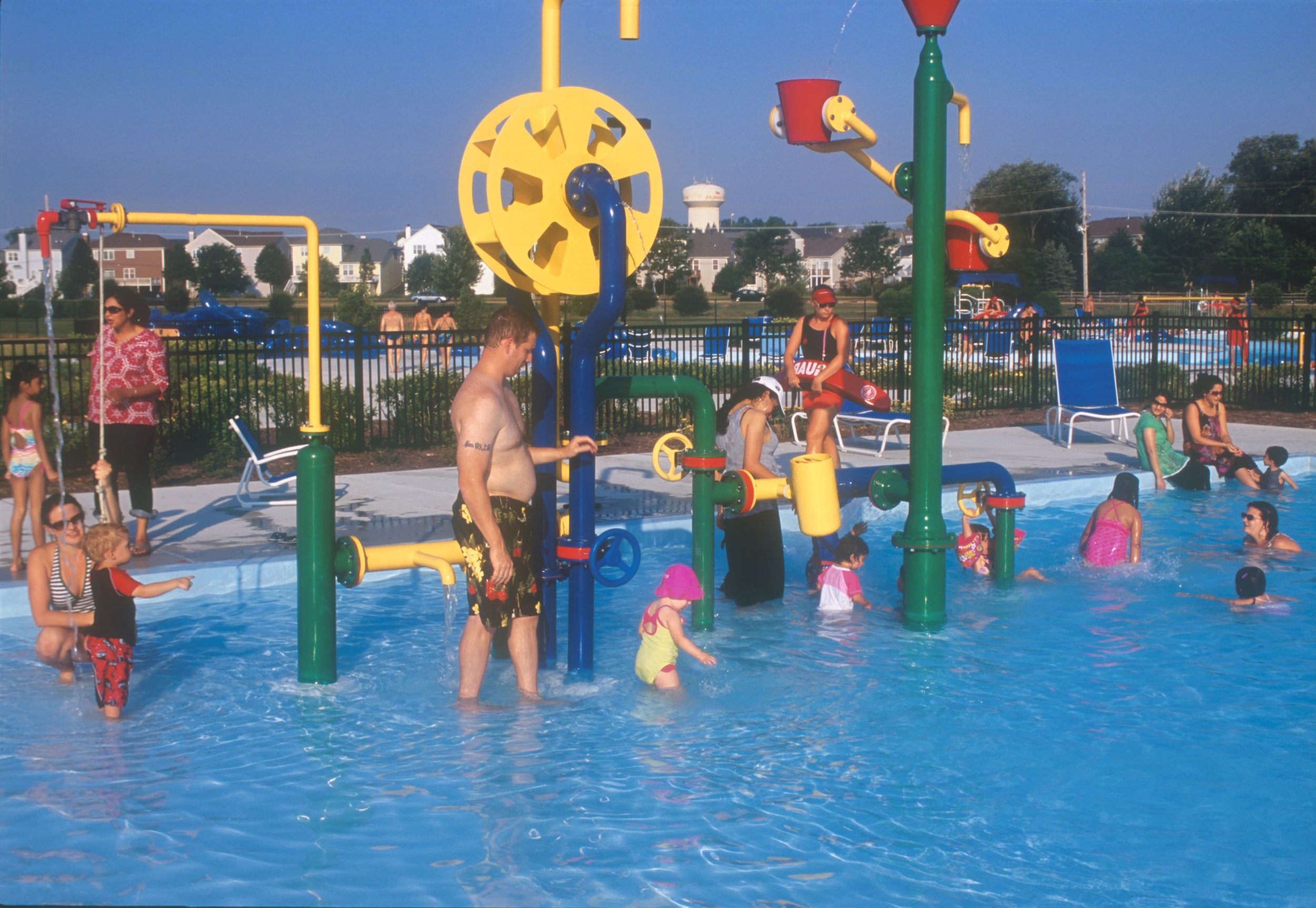 27 WATERTOYS C .jpg