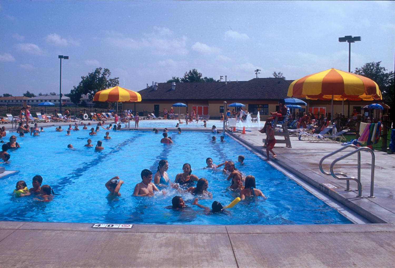 2005-025-Schiller-Park-pool-_1.jpeg