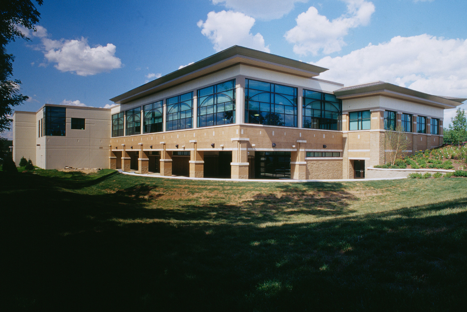 2000-046-23 Downers Grove Rec Center ext back building.jpg