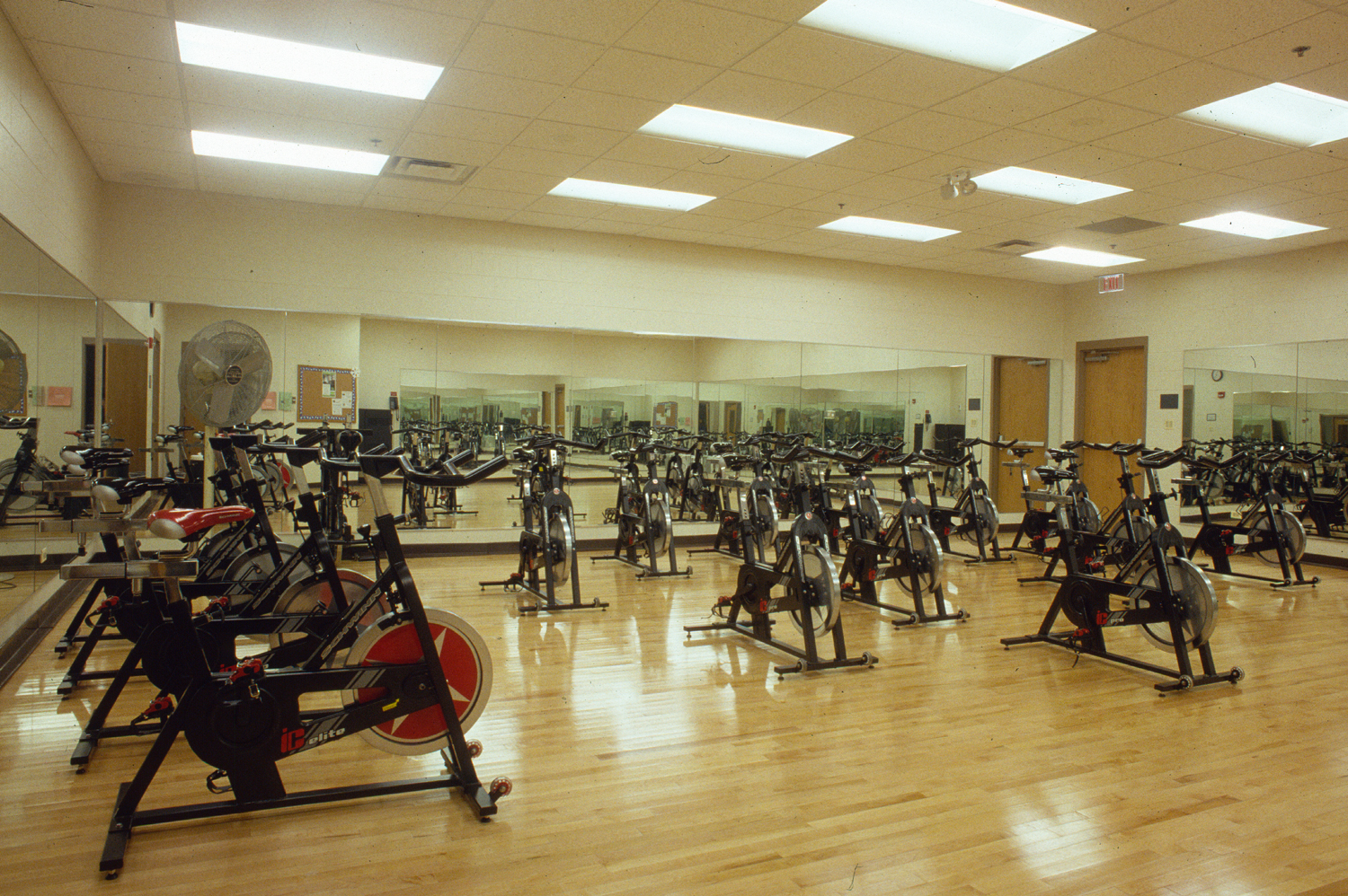 2000-046-45 Downers Grove Rec Center Fitness Room.jpg