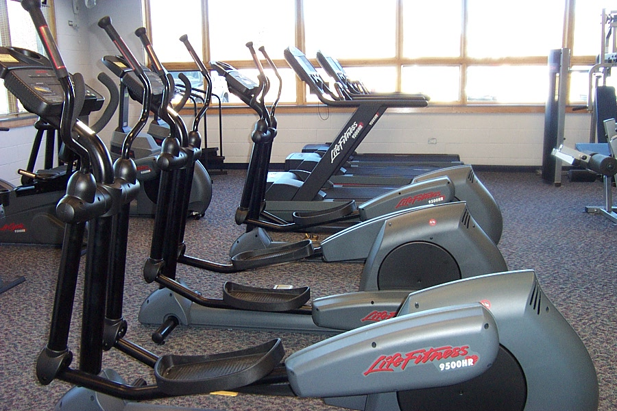 1999-058 Winfield Community Center fitness 2.JPG