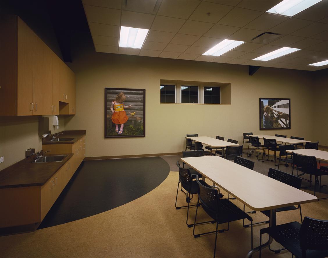2002-049 Peck Farm Lunch room.jpg