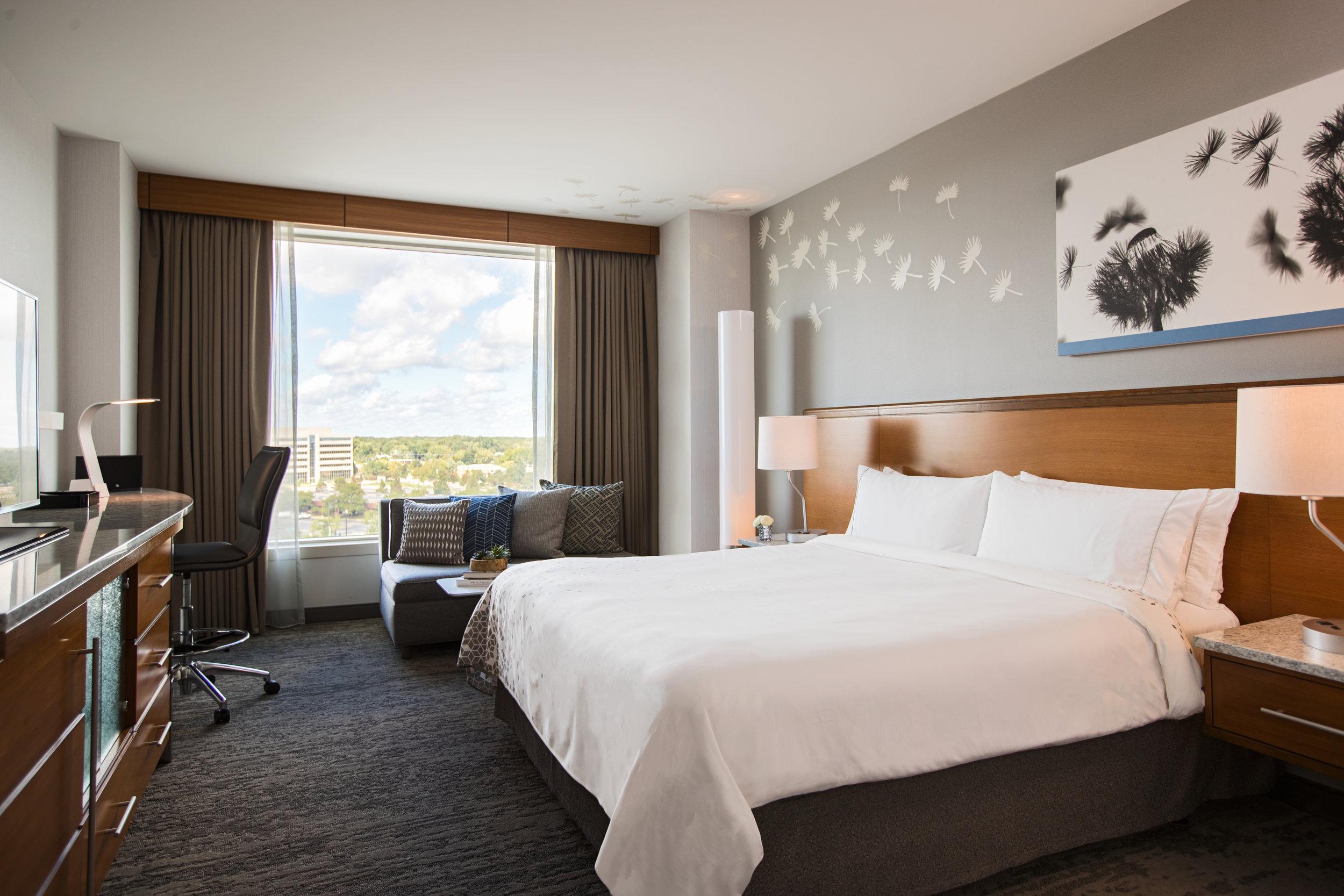 Guestroom_Model_Standard_King_4125.jpg