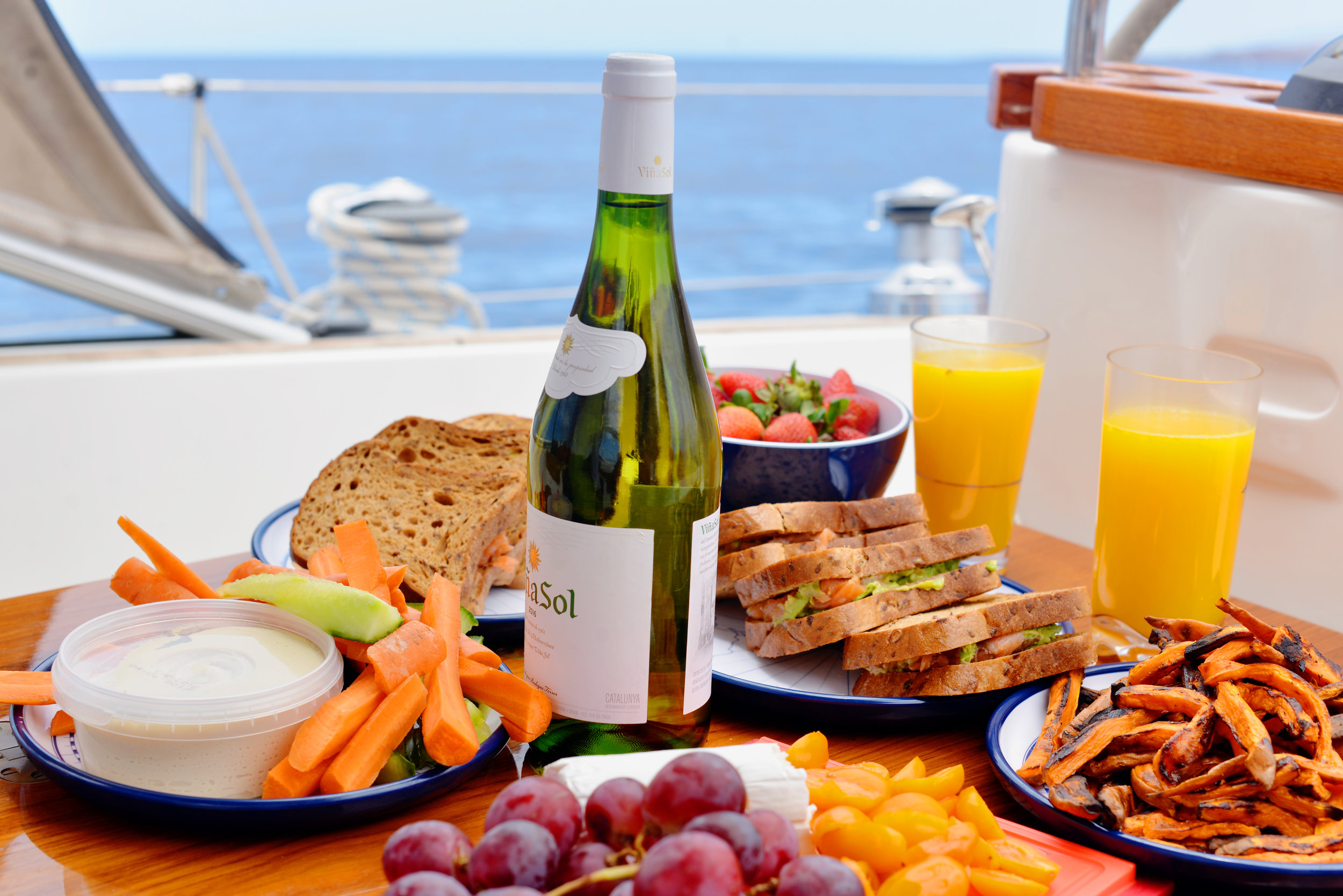 4. Food tastes better by the ocean -