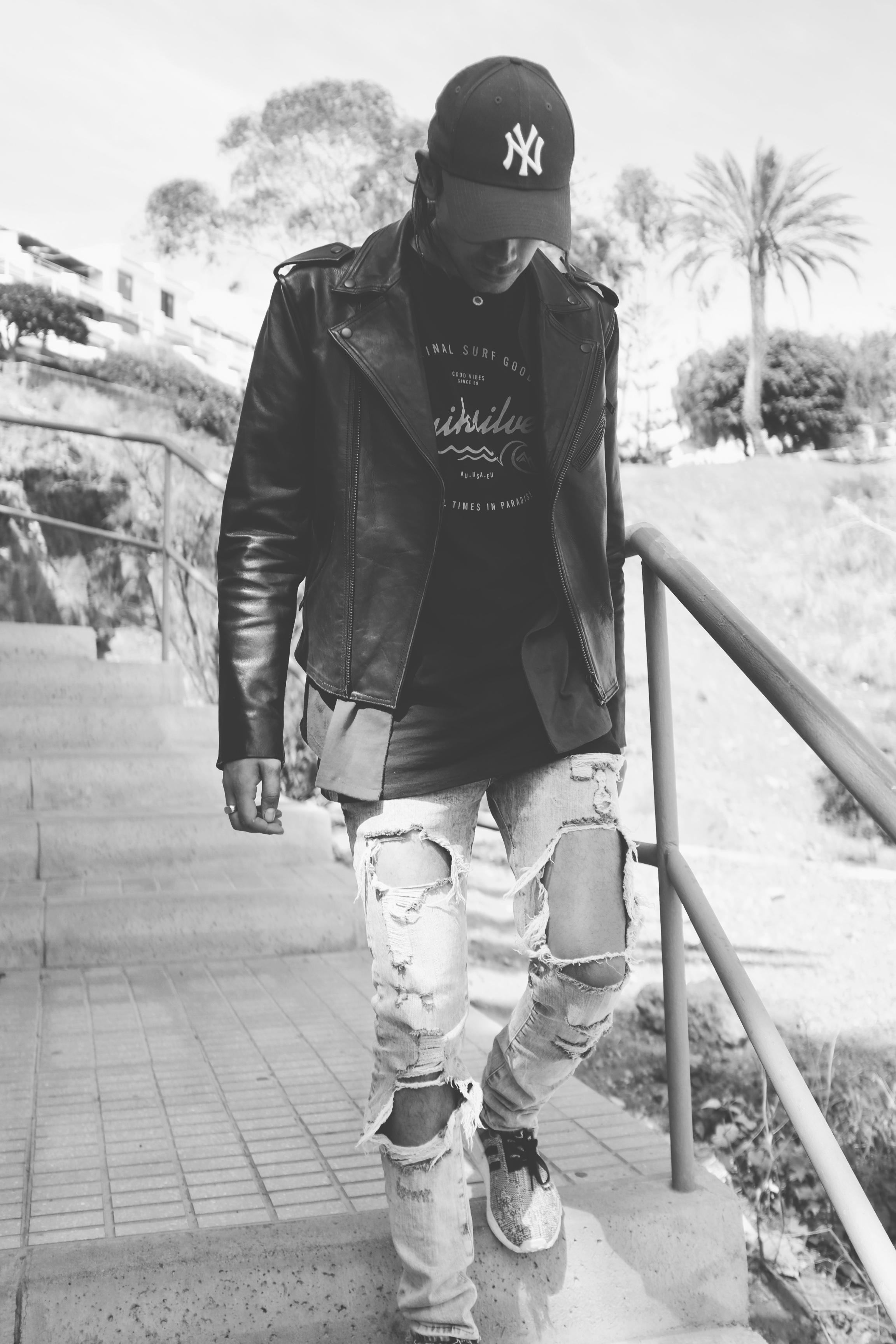 coachella h&M jeans
