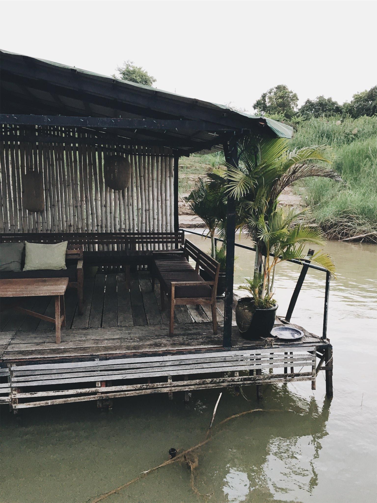 Phnom Penh cambodia river cruise