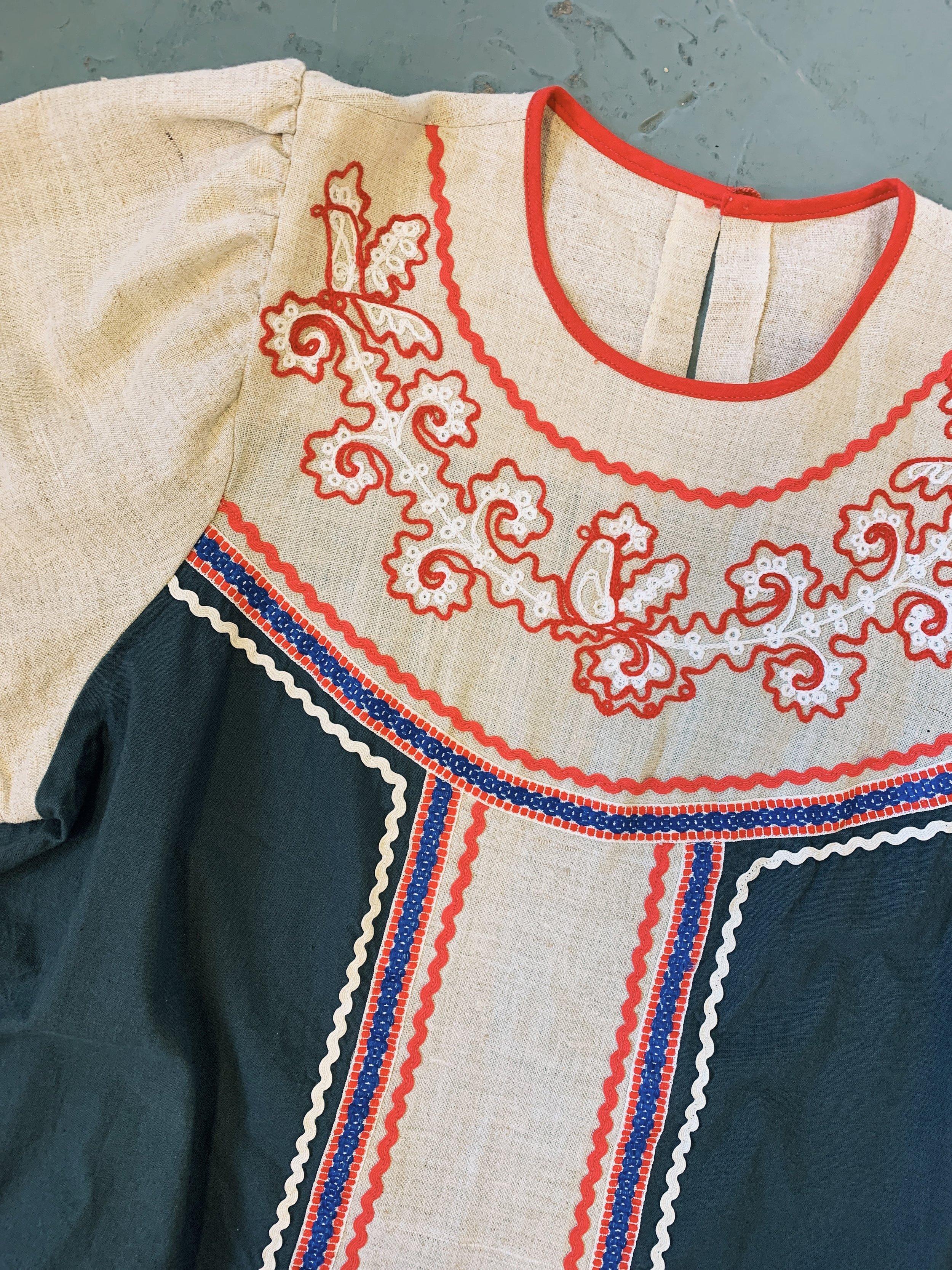 vintage-embroidered-kaftan-trendlistr
