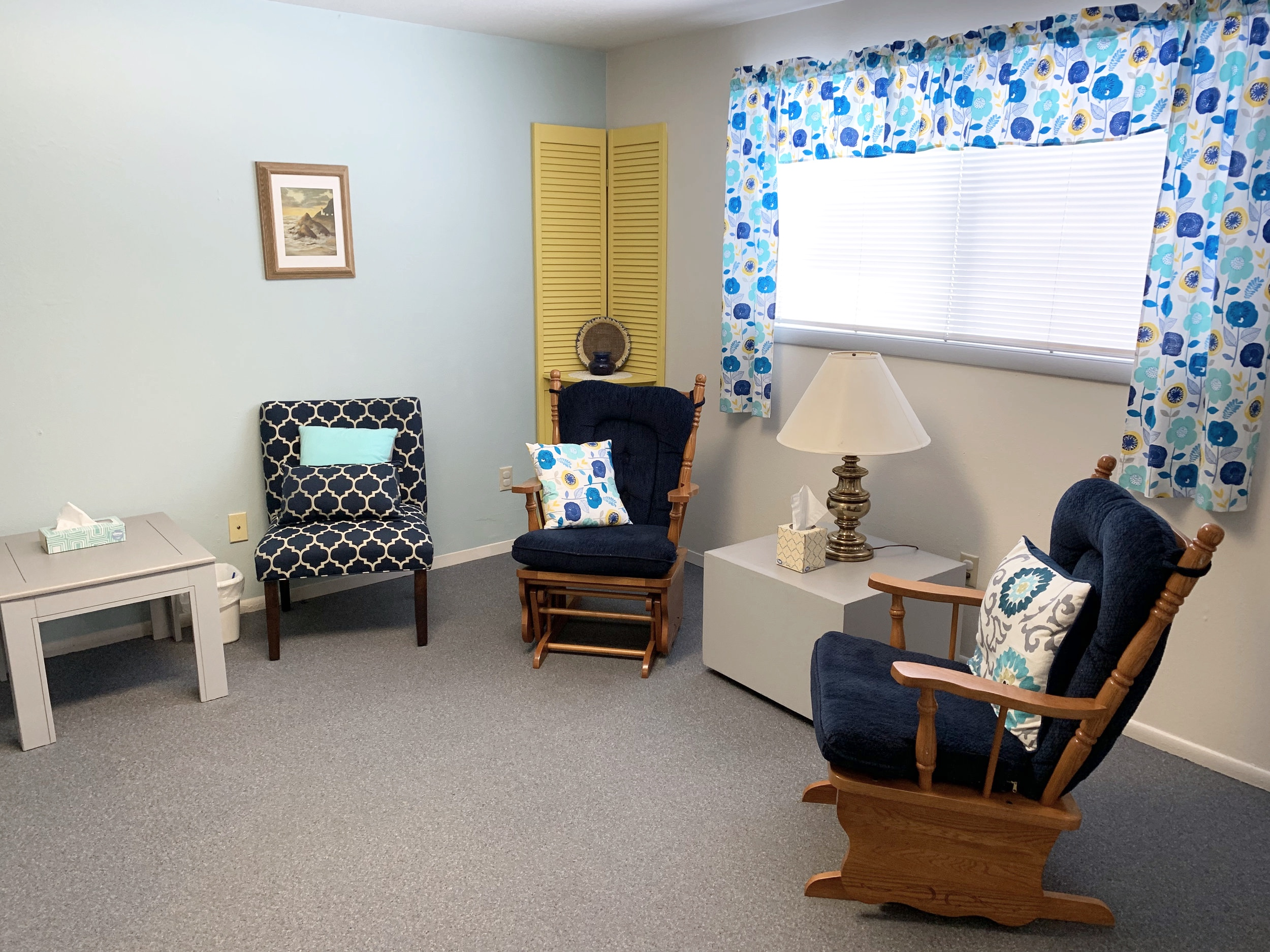 A Client room at Next step pregnancy and relationship center