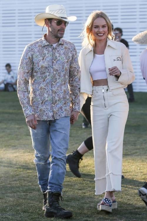 Kate_Bosworth_Miu_Miu_White_jacket_coachella