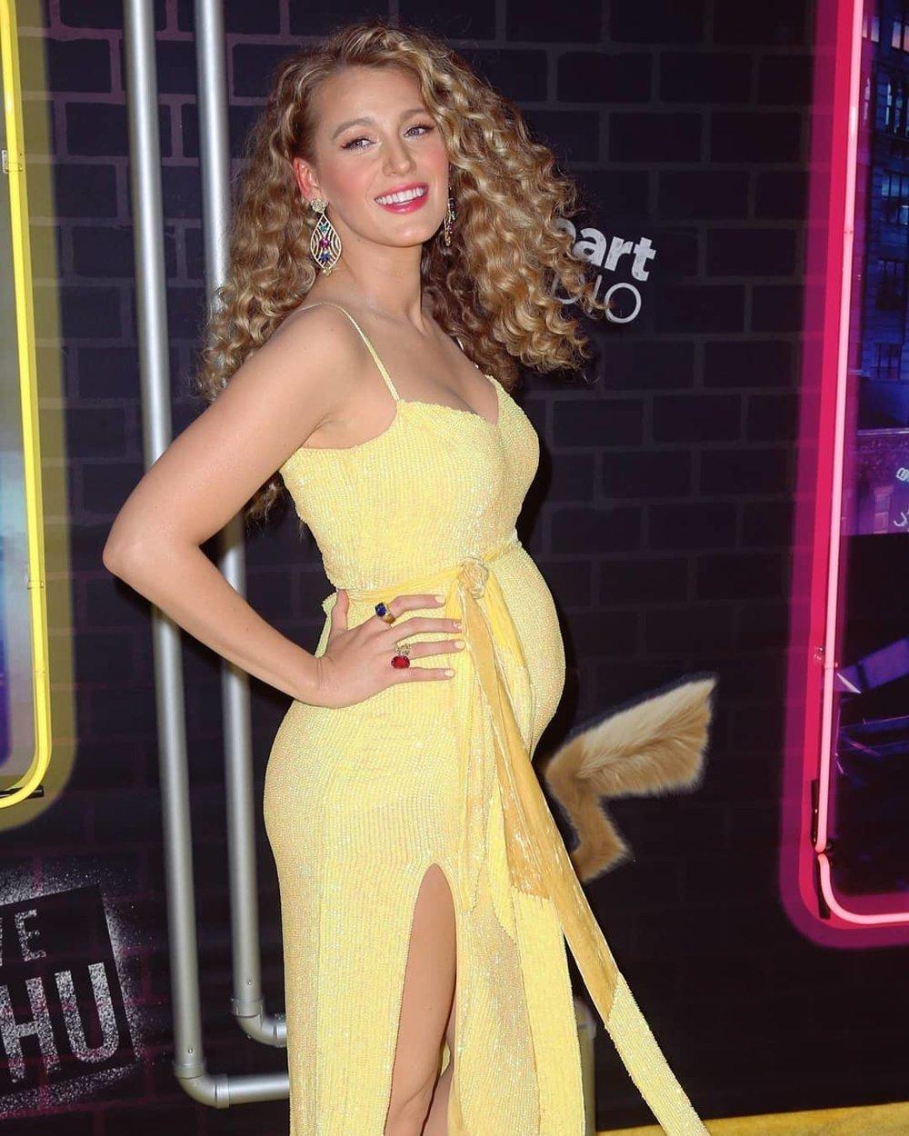 blake-lively-retrofete-yellow-dress