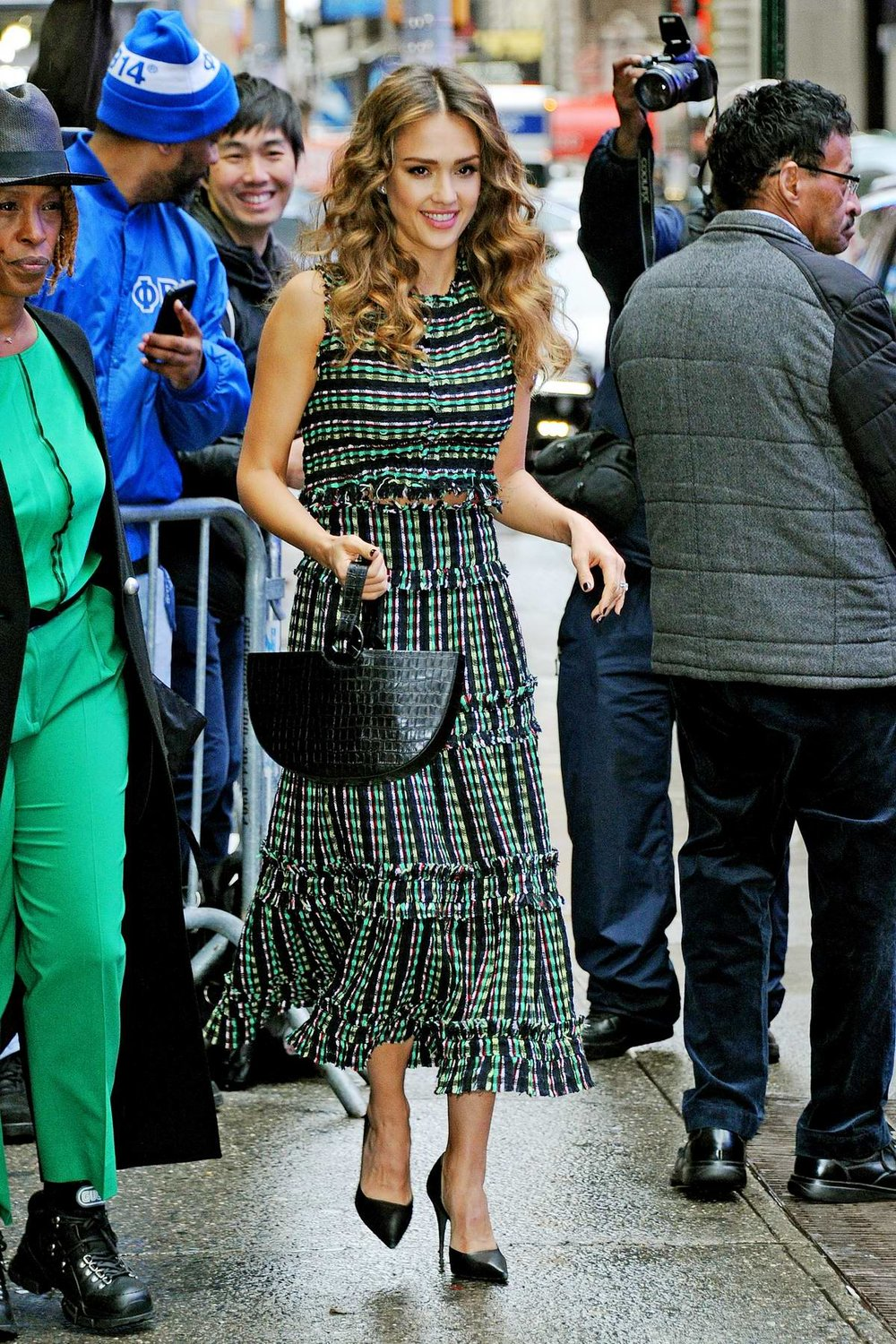 jessica-alba-good-morning-america-proenza-schouler-top-skirt