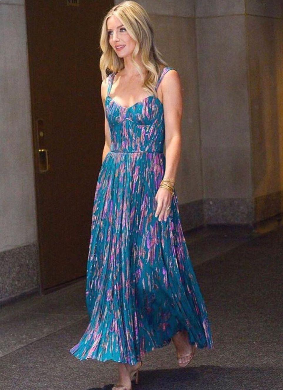 annabelle-wallis-j-mendel-blue-floral-dress.jpg