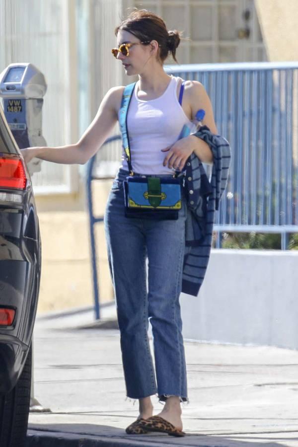 emma-roberts-prada-blue-bag.jpg