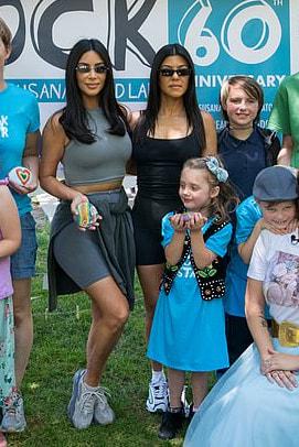 kim-kardashian-grey-shorts-and-yeezy-sneakers.jpg