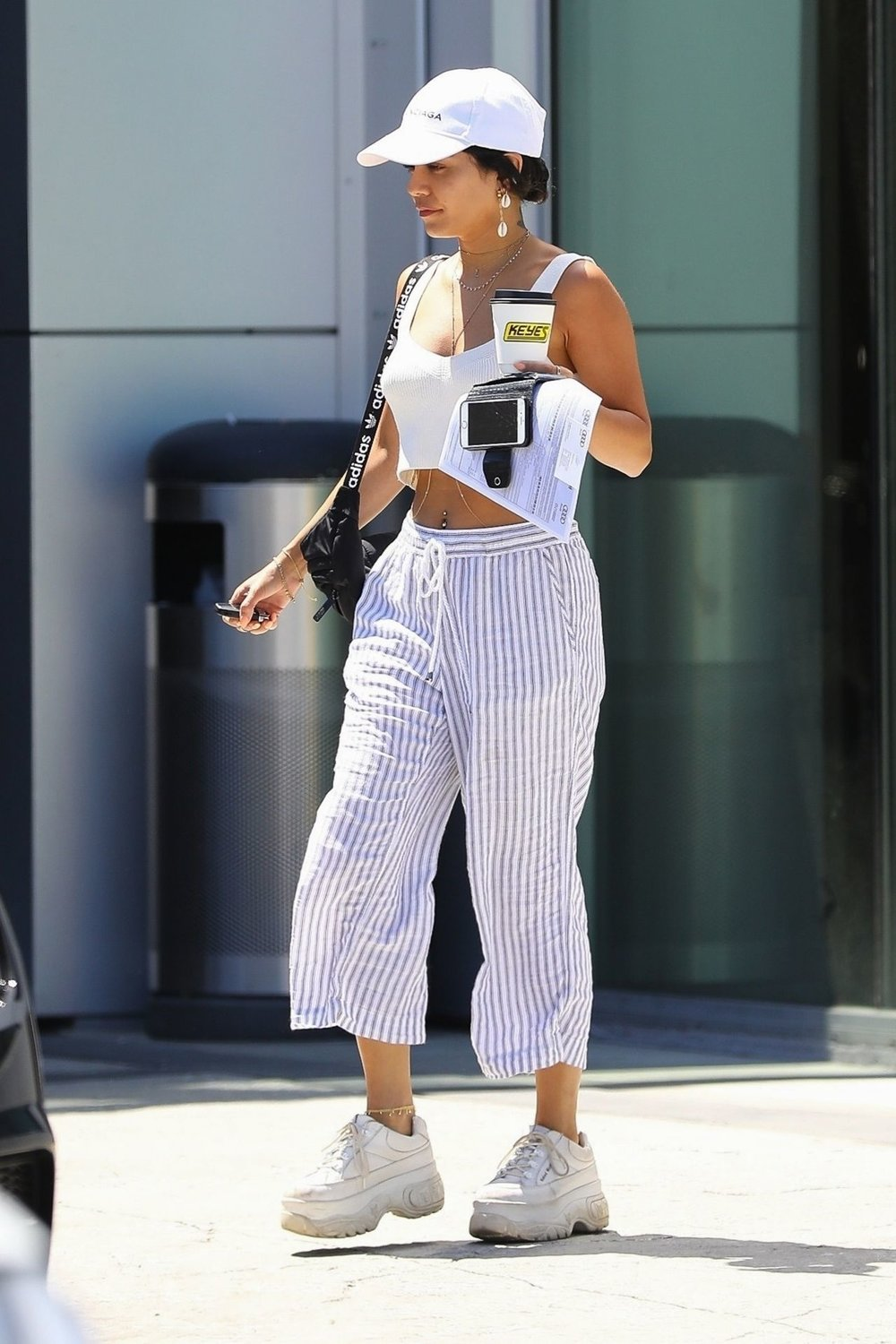 vanessa-hudgens-white-platform-sneakers-at-gas-station.jpg