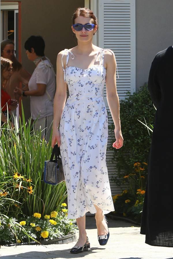 emma-roberts-white-floral-midi-dress-instyle.jpg
