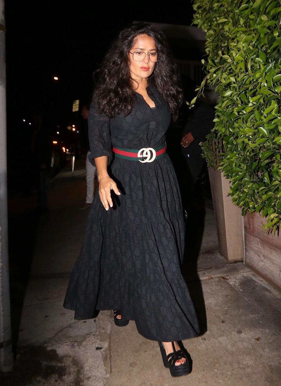 salma-hayek-gucci-black-maxi-dress-and-belt.jpg