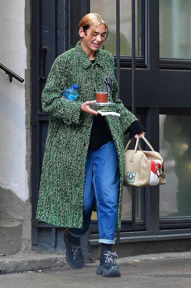dua-lipa-gucci-green-coat-new-york-city.jpg