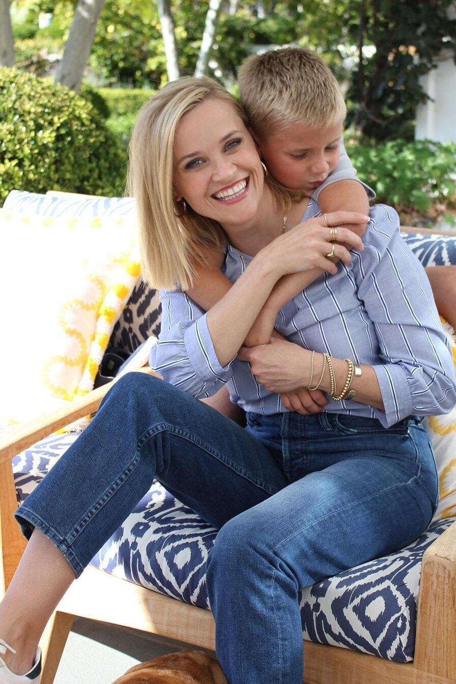 reese-witherspoon-draper-james-striped-puff-sleeve-top.jpg