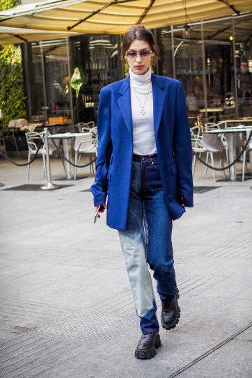 bella-hadid-blue-acid-print-jeans.jpg