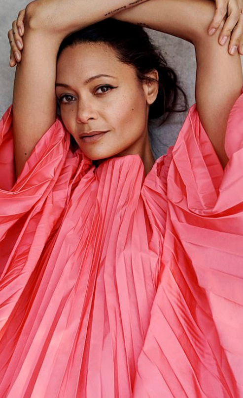 thandie-newton-pink-pleated-dress.png