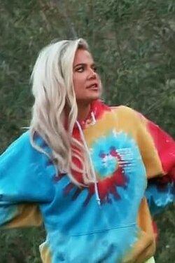 khloe-kardashian-tie-dye-hoodie-keeping-up-with-the-kardashians.jpg