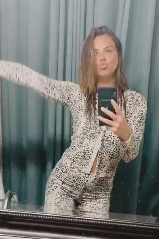 lhannah-brown-white-printed-leset-pajamas.jpg